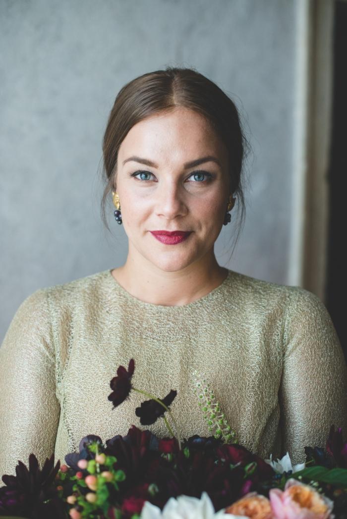 Paula's dress, head shot portrait with bouquet